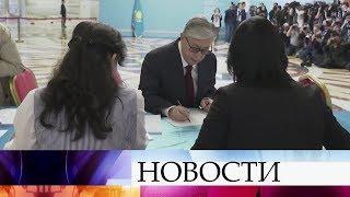 Смотреть видео В Казахстане на досрочных выборах президента проголосовали уже более половины избирателей. онлайн