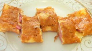 Быстрый завтрак Яичница с колбасой и сыром видео рецепт