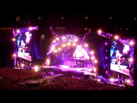 Whole lotta Rosie (live in Wembley Stadium...