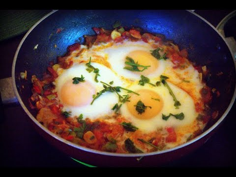 Shakshuka-a middle eastern classic - Muggle Recipe