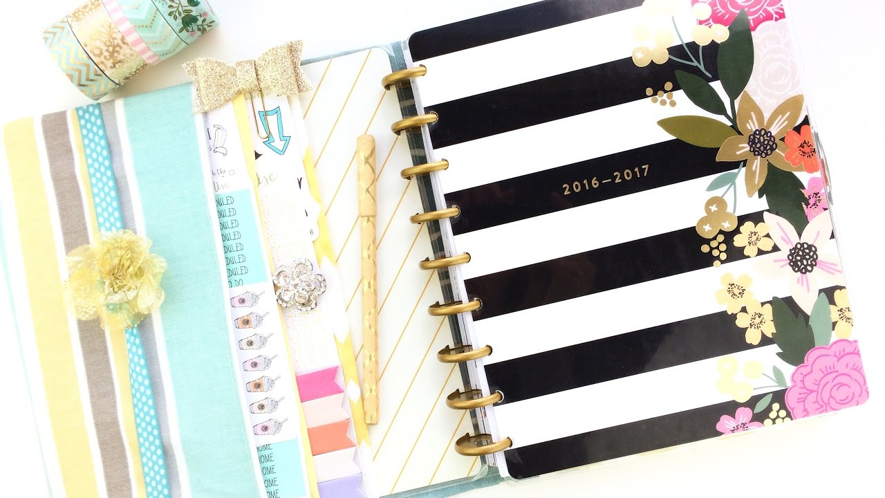 How To Make A Fabric Happy Planner Cover: DIY Christmas