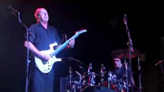 Adrian Belew Power Trio Live in S. Paulo, 2016 Three of a Perfect Pair