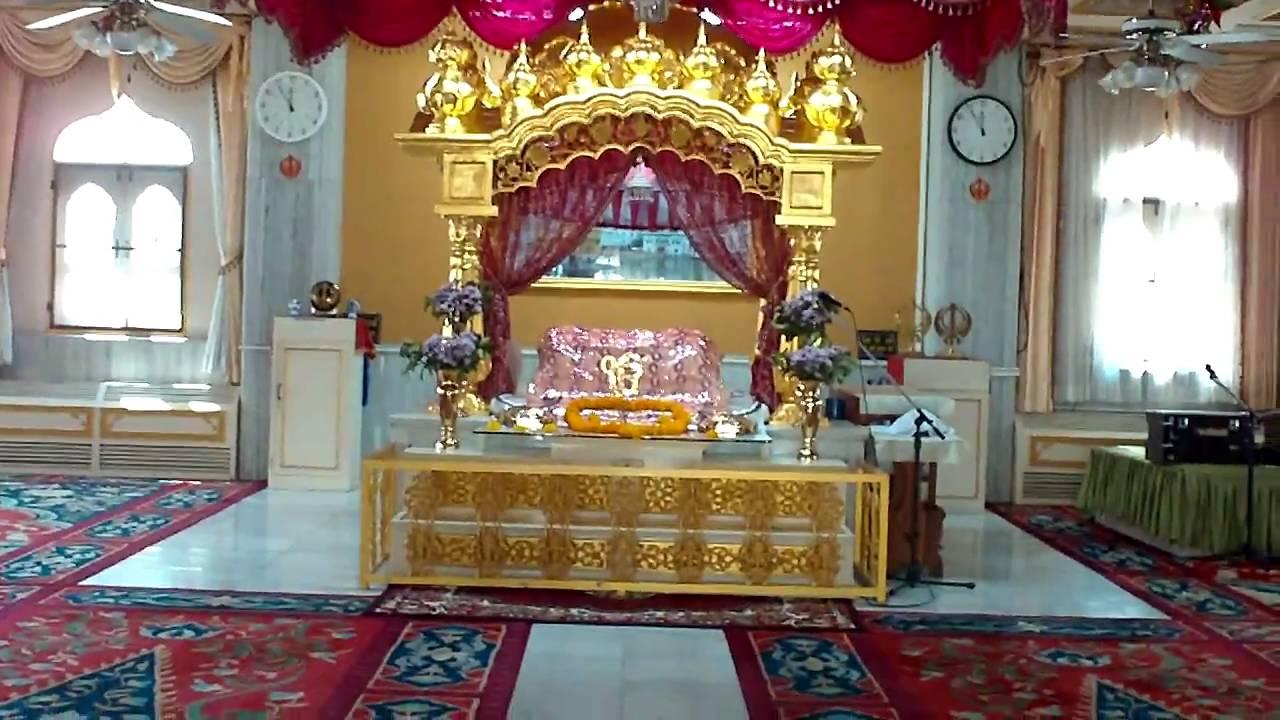 Gurdwara Sahib Pattaya, Thailand 2011.1 - YouTube
