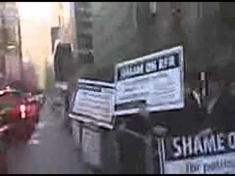 Hasidic Jews protect RFR Realty.3GP