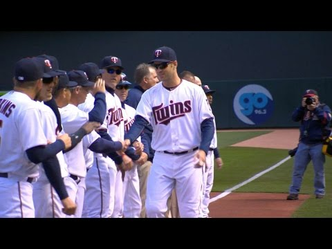 CWS@MIN: Twins are introduced at Target Field