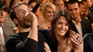 Sam Hunt EMBARRASSES Fiancee In Most Adorable Way At 2017 ACM Awards
