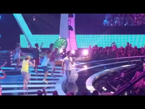 Jake Owen - Real Life (2015 CMT Awards)