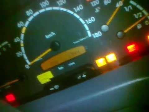 загорается уровень масла на мерседес спринтер 906