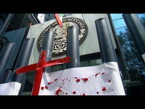 Journalists protest over murders in Mexico