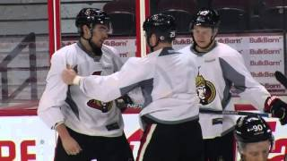 Gotta See It: Neil gives fight lessons to younger Sens