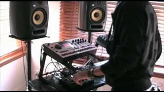 JValer Live (Machinedrum Liveset) - 7/07/2010 - Part 1/4