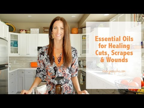 essential-oils-for-healing-cuts,-scrapes-and-wounds