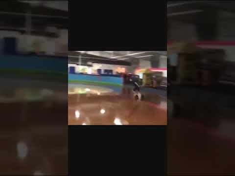 (Extreme wheels)-(speed skater on rec-skates)-100 meter Sprint/grape vine trick