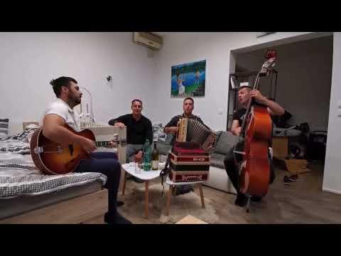 Download Ansambel Opoj - Grabljice (#live) - Ansambel Lojzeta Slaka