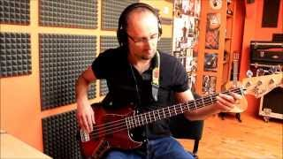 """Hide me"" (Kirk Franklin) bass cover"