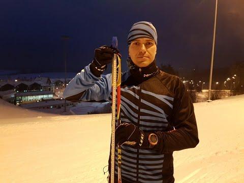Лыжные палки для конькового хода подбираются как рост −15 — 20 см. Лыжные палки для классического хода — рост — 25-30 см. Более точно, длину лыжных палок всегда помогут подобрать наши специалисты, по телефону или в магазине. Далее рассмотрим такие нюансы как ручки, темляки и лапки.