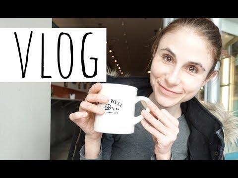 Vlog: FARE WELL VEGAN BREAKFAST SANDWICH WASHINGTON DC| DR DRAY