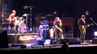 Pearl Jam santiago 2011 - [10/33] - Daughter/Red Rain/Another Brick In The Wall [MULTICAM-720p]