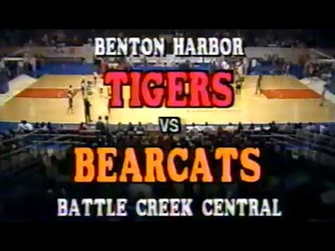 1989 Battle Creek Central vs Benton Harbor High School Basketball Regional Championship FULL GAME