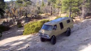 4x4 Tan Van - Easy Climb