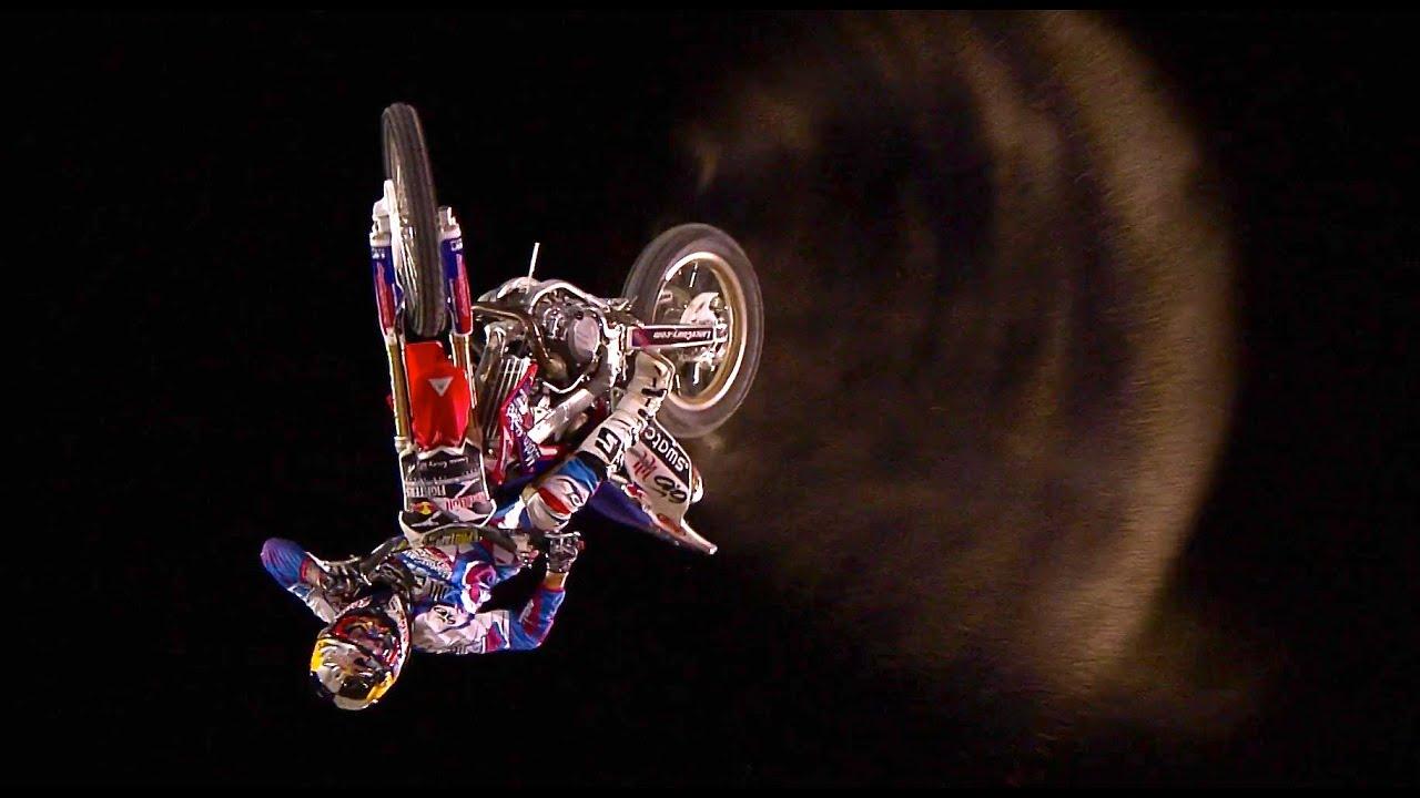 Freestyle motocross - Red Bull X-Fighters 2011 Dubai recap - YouTube Red Bull Wallpaper