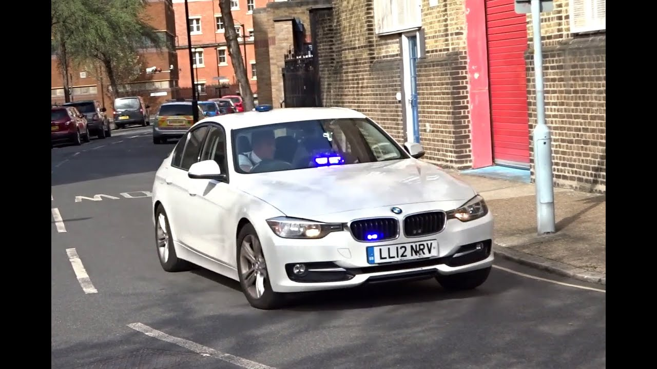 2x Unmarked Fire Officers Cars Responding London Youtube