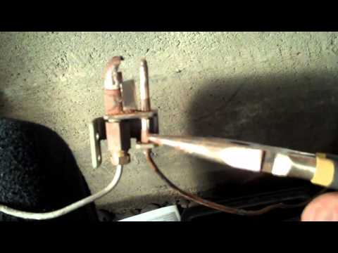 Pilot Light Won't Stay Lit - How to Replace a Broken Thermo Couple on Furnace