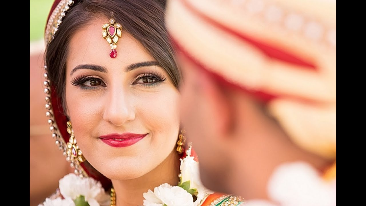 Stunning Garden Indian Wedding