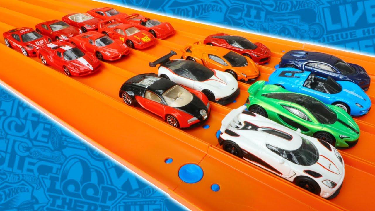 Hypercars vs Ferrari Hot Wheels Race Tournament