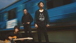 Davit Harun feat. Rizas Band - Salah Memilih (Video Lirik)