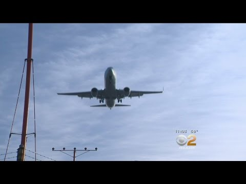 3.5M Passengers Expected To Travel Through LAX During Upcoming Holidays