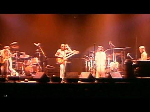 Genesis - Los Endos 1976 Live Video Sound HQ