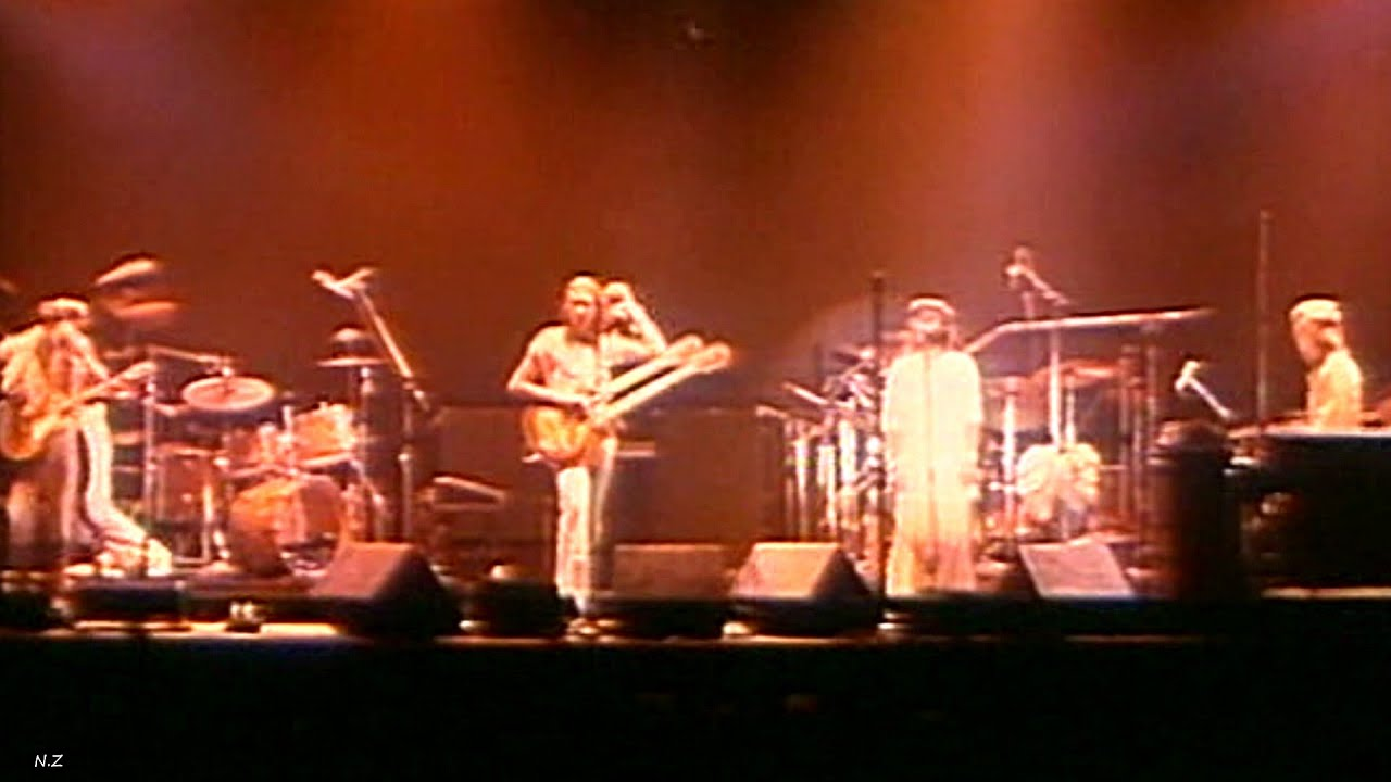 Genesis Los Endos 1976 Live Video Sound Hq Youtube
