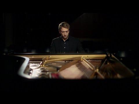 "Fabian Müller - Ravel: ""Noctuelles"" (Night Moths)"