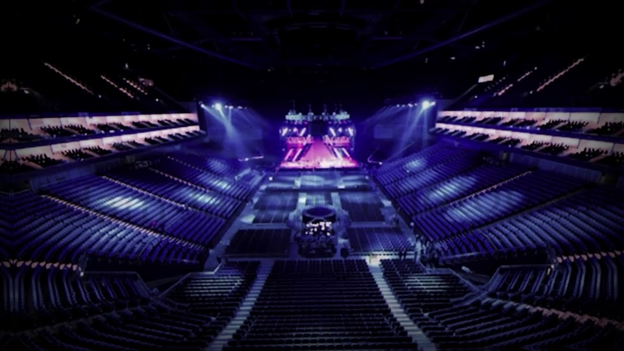 'how you like that' by blackpink but you're in an empty arena