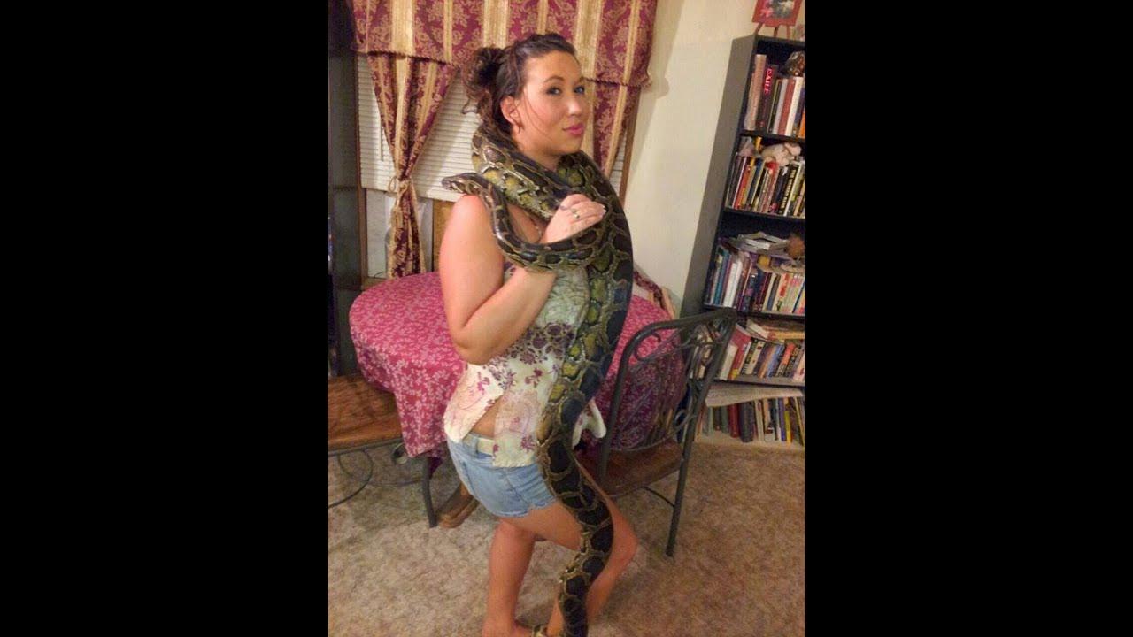 Share Burmese python with nude girl situation