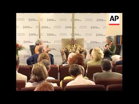 Former president and Nobel laureate receives Amnesty Int award