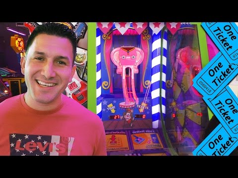We both have $2, who will win more tickets? - Arcade Ticket Off
