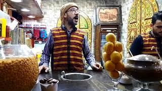 اكلات شعبية سورية مشهورة تباع في شوارع دمشق