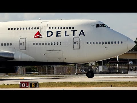 {TrueSound}™ Delta Boeing 747-400 Takeoff from Ft. Lauderdale! RARE with POWERFUL Sound 4/10/16