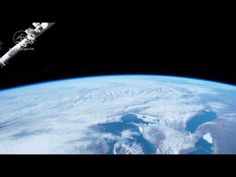 La Terre Vue Par David Saint-Jacques