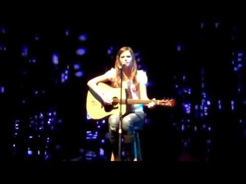 Tiffany Alvord singing Possibility ; 07.12.10 (LIVE @Atlanta)
