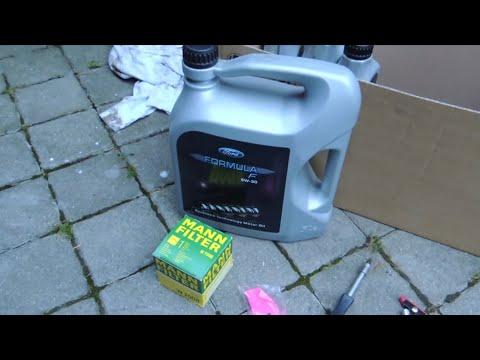 Engine Oil change Ford Focus MK2 (Výměna motorového oleje)