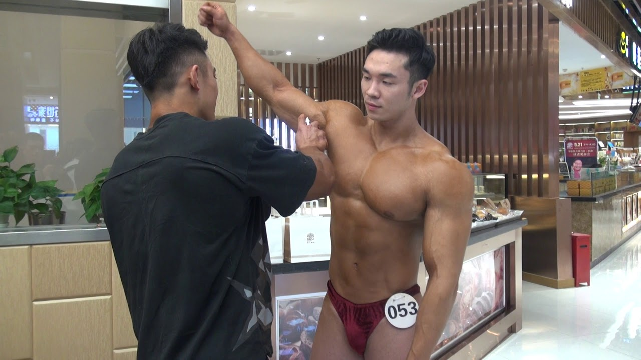 Bodybuilding Prejudging Backstage Video from the 2015 NPC USA Championships - YouTube