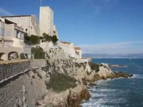 Robert Dallas House in Old Antibes for sale by Estate Net Prestige in Association with Knight Frank