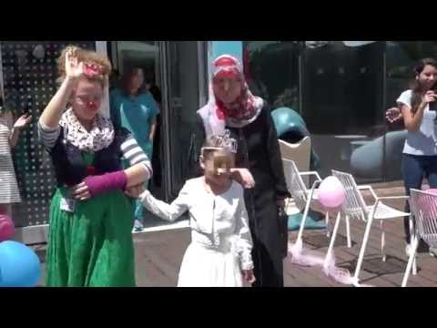 Six-year-old Syrian cancer patient leaves Israeli hospital