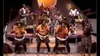 Mahlathini & Mahotella Queens - Stop Crying - champeta africana