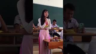Cô giáo đáng yêu của em !!!