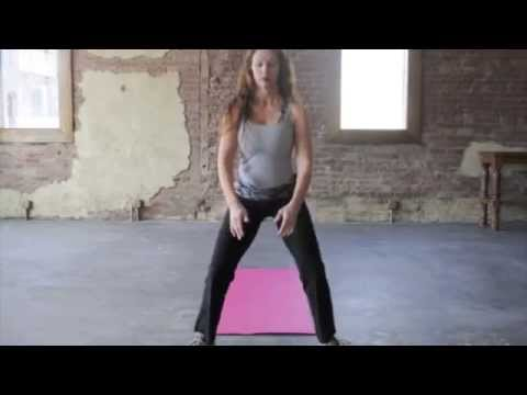 Squat-Hold-Pulse - YouTube
