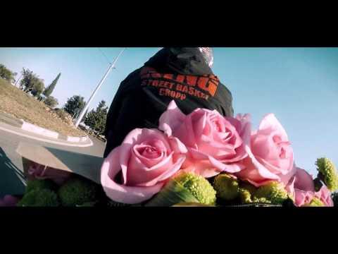 Доставка цветов по Москве, быстро доставим цветы в Москвеиз YouTube · С высокой четкостью · Длительность: 2 мин24 с  · Просмотров: 550 · отправлено: 16.07.2014 · кем отправлено: Николай Петров